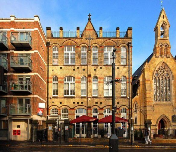 16-17 Hoxton Square