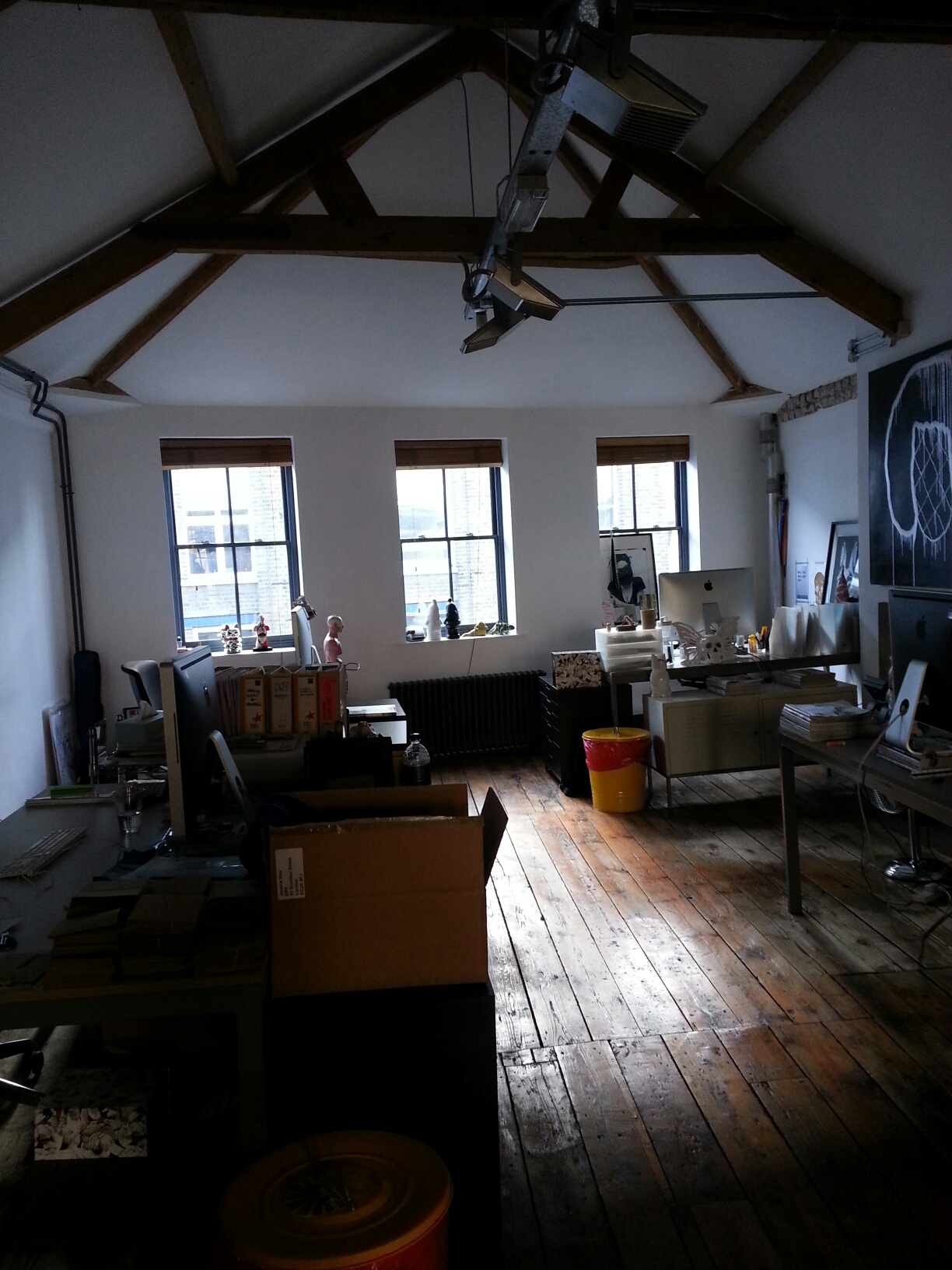 Small shoreditch office to let in heart of tech city shoreditch office space helping you find - Small office space london property ...
