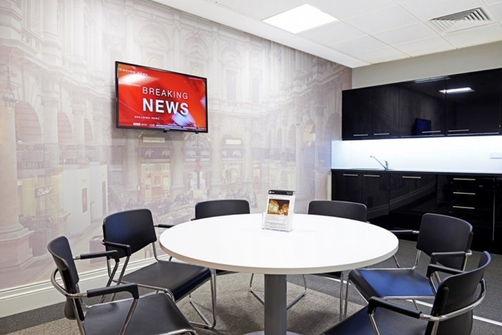 serviced offices breakout area